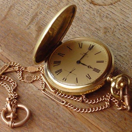 Происхождение наручных часов